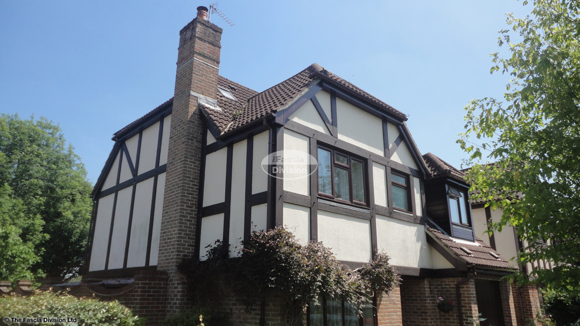 Recent Full Installtion Of rosewood UPVC fascias soffits and guttering Hedge End Southampton