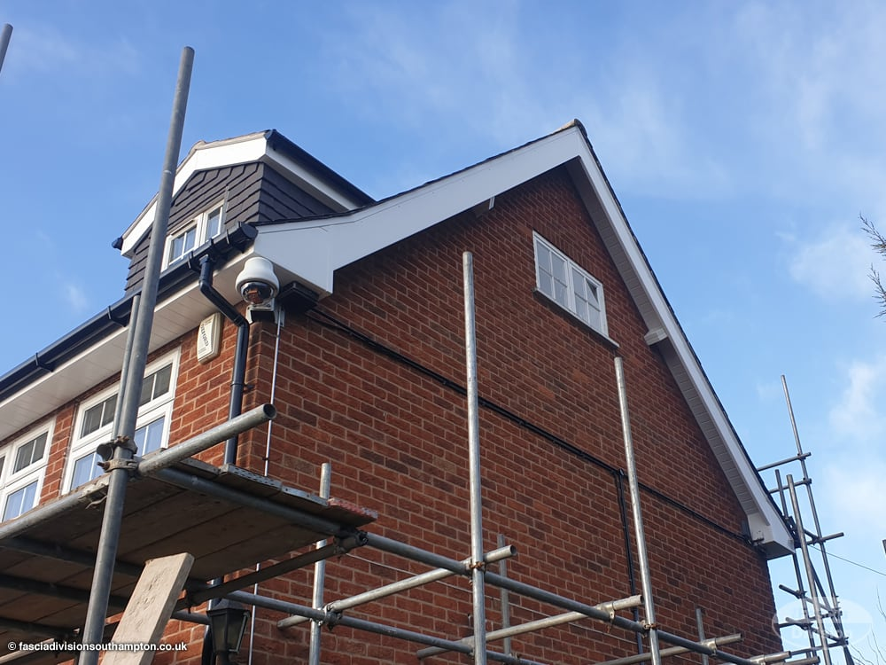 fascia and soffit installers